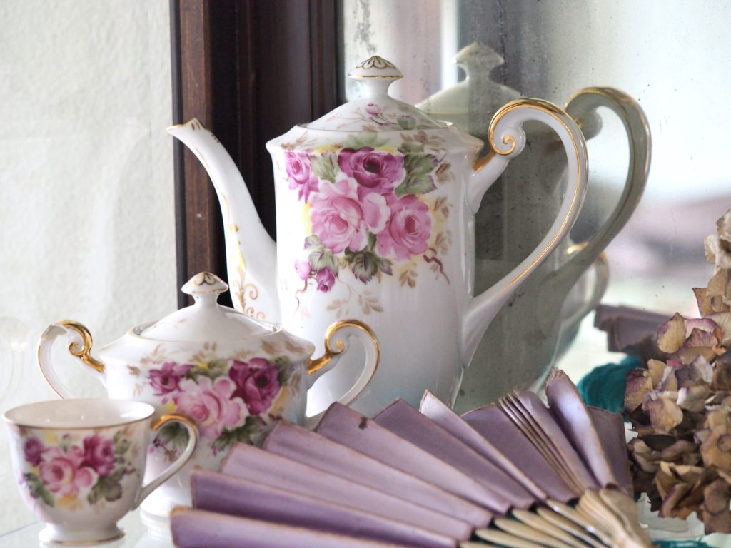 Antique tea pot styling by A Life More Beautiful. Let's work together to style your next photo shoot.